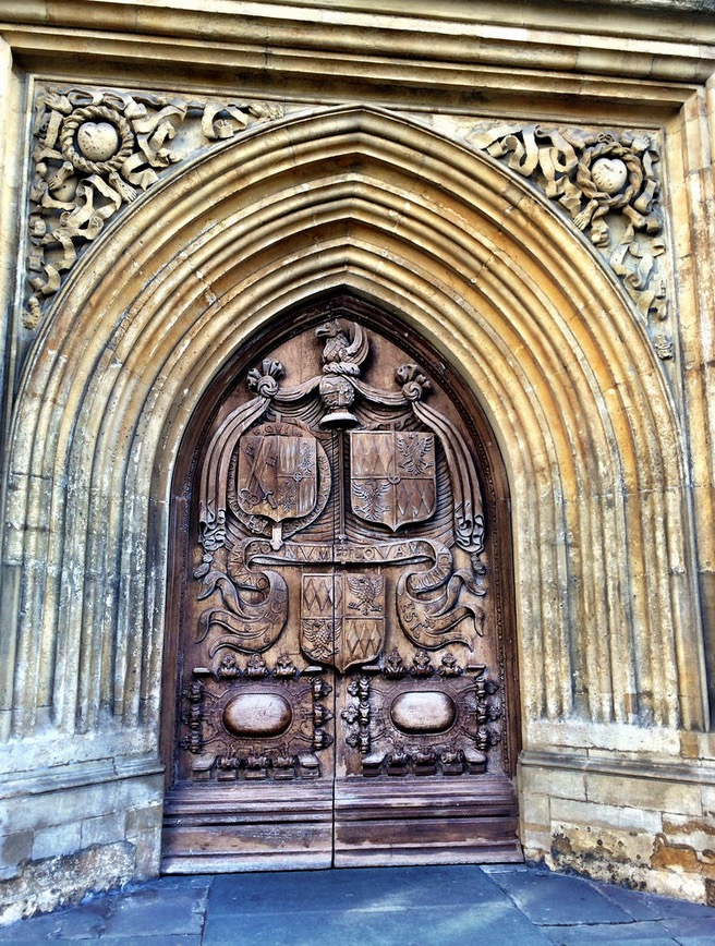 door of bath abbey